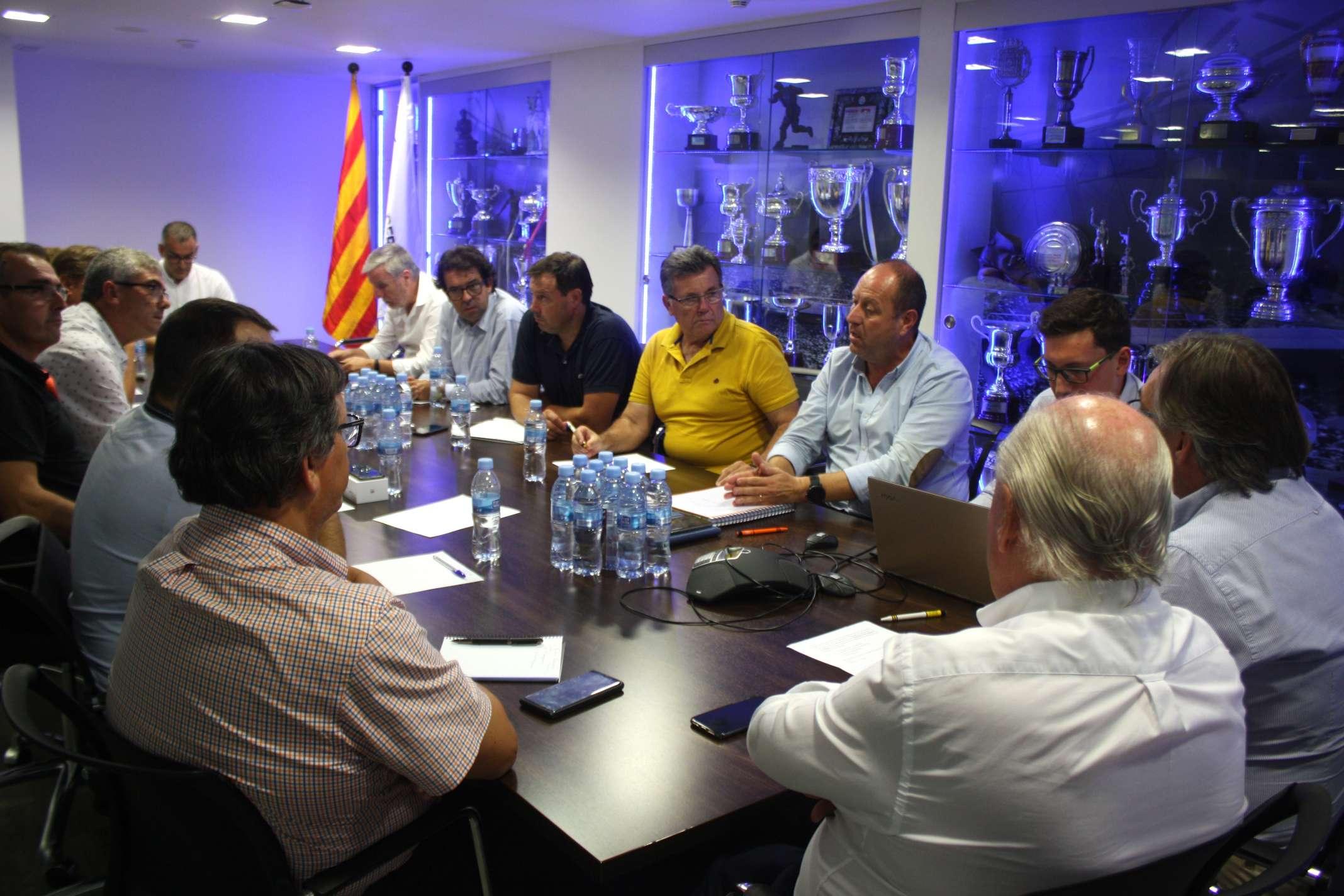 Durant la reunió s'han posat en comú diversos aspectes que engloben totes les delegacions de l'FCF