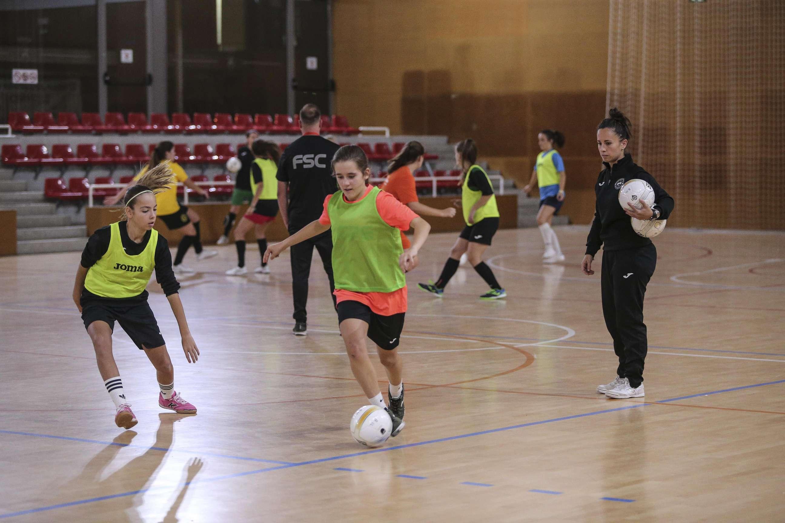 1a sessió entrenament Selecció Comarcal - Cadet femení Baix Llobregat