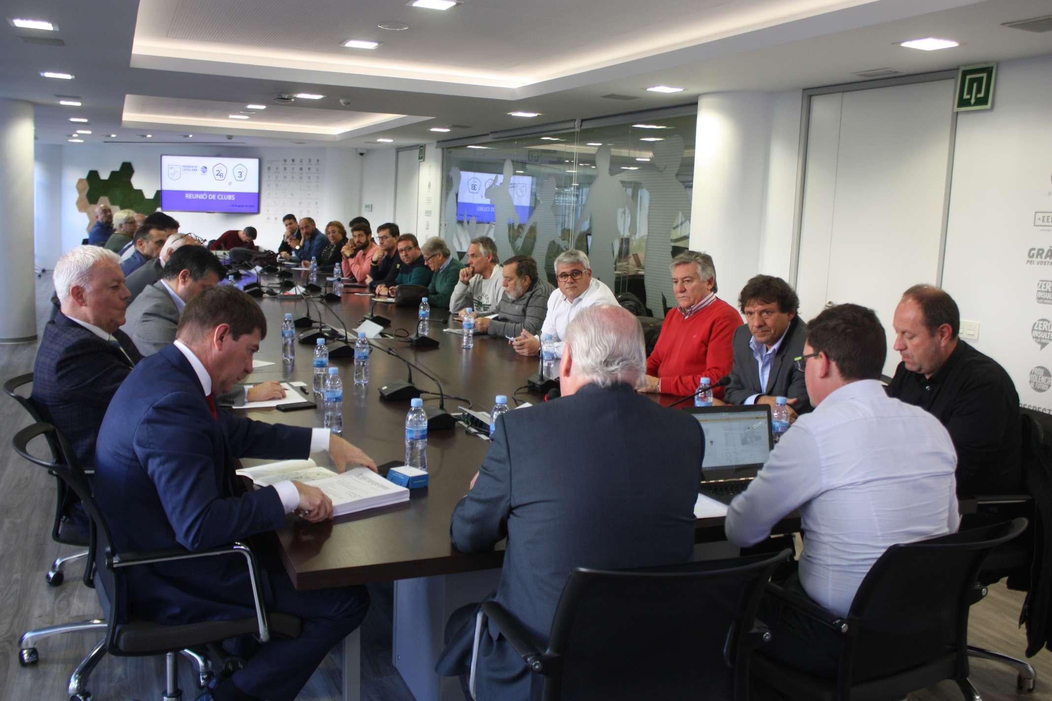Presidents i representants dels equips de Segona 'B' i Tercera, a l'FCF