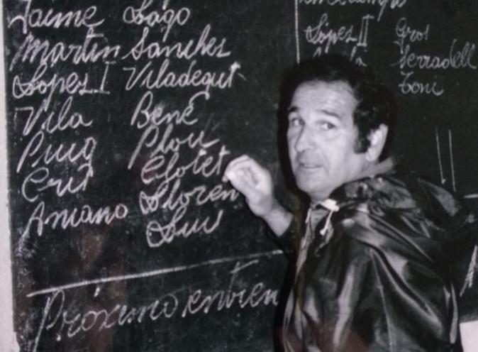 Lluís Aloy, completant a mà una convocatòria de la UE Lleida / FOTO: Arxiu Dani Badia