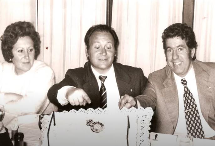 Joan Escoda, al centre, en una celebració en la seva etapa al RCD Espanyol / FOTO: Arxiu Maria del Mar Segura