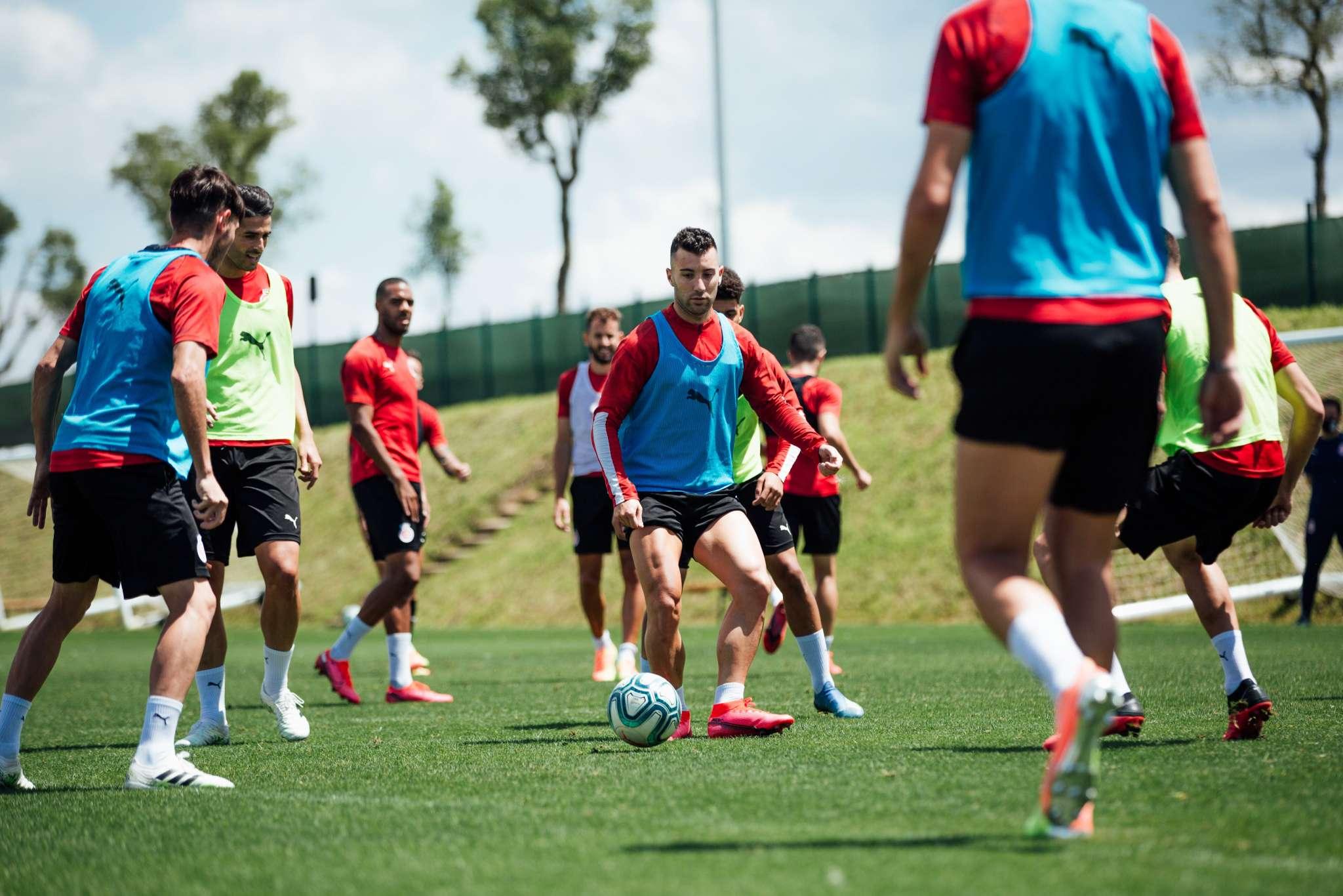 Darrer entrenament del Girona FC a La Vinya abans de vitajar a Las Palmas. FOTO: Girona FC