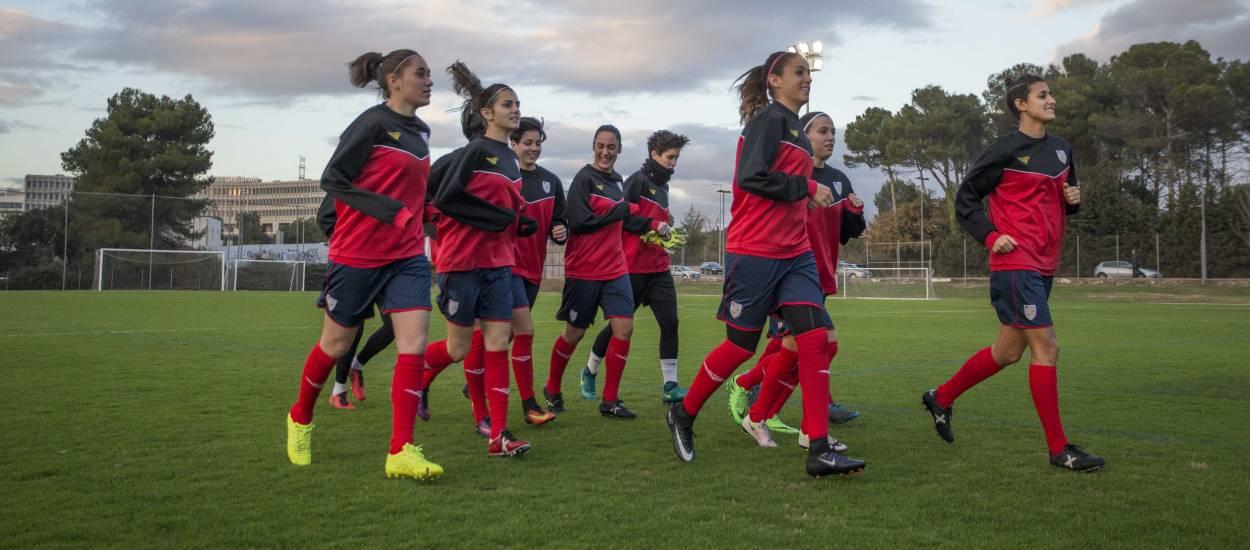 Vuit catalanes convocades amb la selecció absoluta femenina espanyola