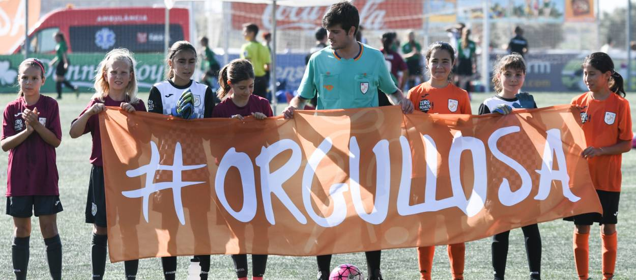 La campanya #Orgullosa comença a agafar protagonisme