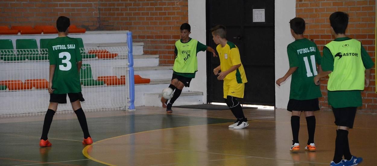 La Selecció Aleví masculina de futbol sala s'entrena abans de debutar en la Fase Única del Campionat d'Espanya