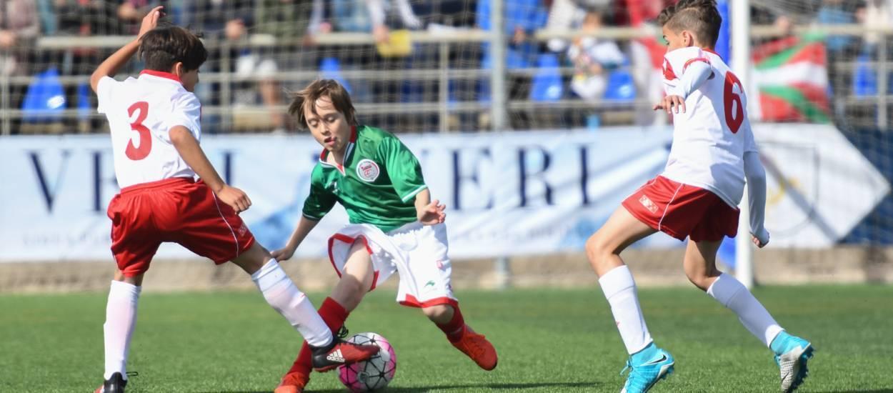 La selección de Madrid vence a la selección de Euskadi por 2 goles a 0