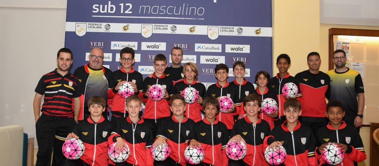 La FCF obsequia con pelotas oficiales a todos los jugadores del campeonato sub 12 masculino