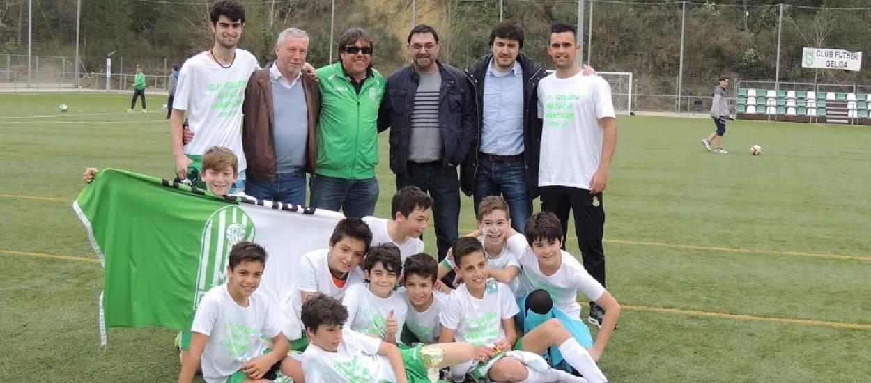 L'Aleví 'A' del CF Gelida, un equip campió de rècord