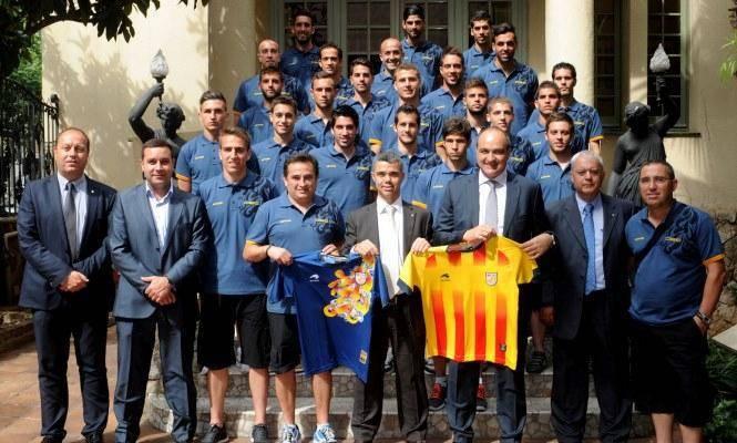 Ivan Tibau rep la Selecció Catalana UEFA