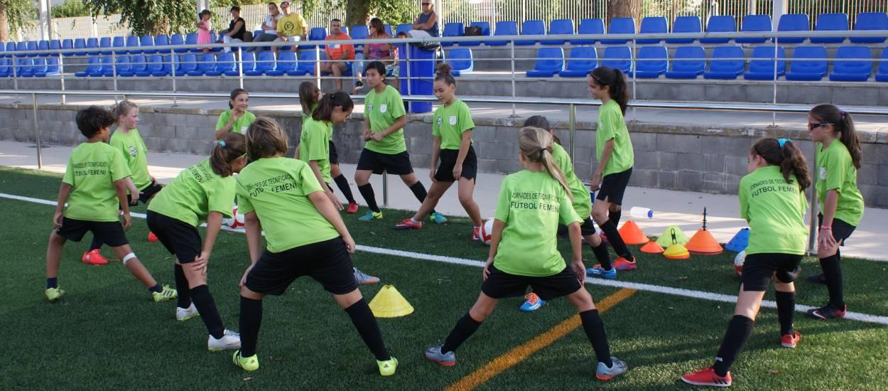 I Jornada de Tecnificació de Futbol Femení a Riudoms